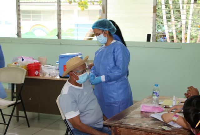 Panamá registra 7 nuevas muertes por covid-19;  el país supera los 4,6 millones de dosis de vacunas anticovidas aplicadas