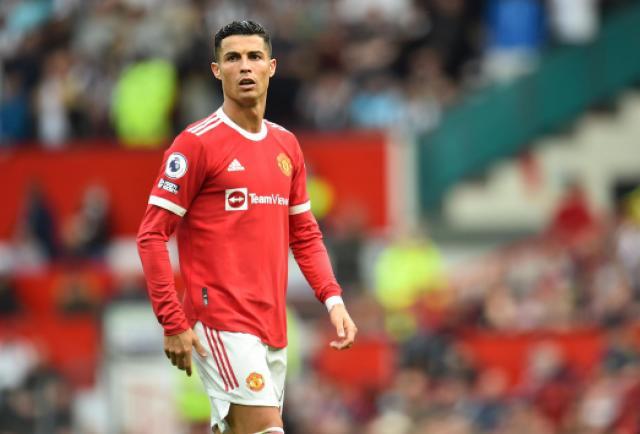 Cristiano vuelve al United con doblete y ventaja