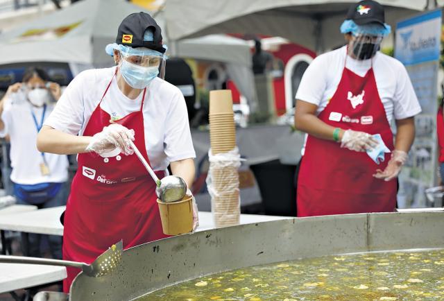 El 'Super Sancocho' alimentó a más de 3.500 personas