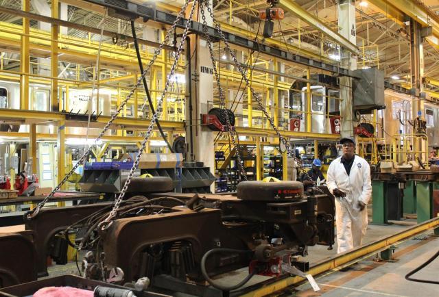 Estados Unidos celebra el Día del Trabajo en medio de una escasez de empleados sin precedentes