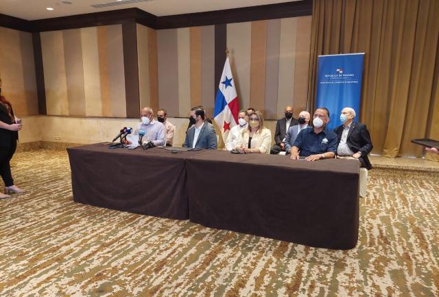 Gobierno llega a acuerdos ambientales con Minera Panamá