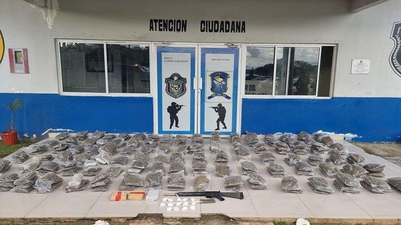 Incautación de 330 paquetes de droga en una casa ubicada en Vista Alegre