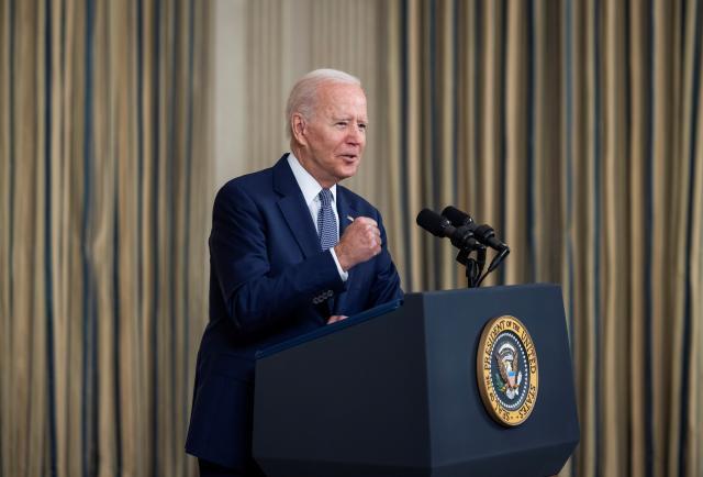 La aprobación de Biden cae al 44% sobre el manejo de la retirada de tropas de Afganistán