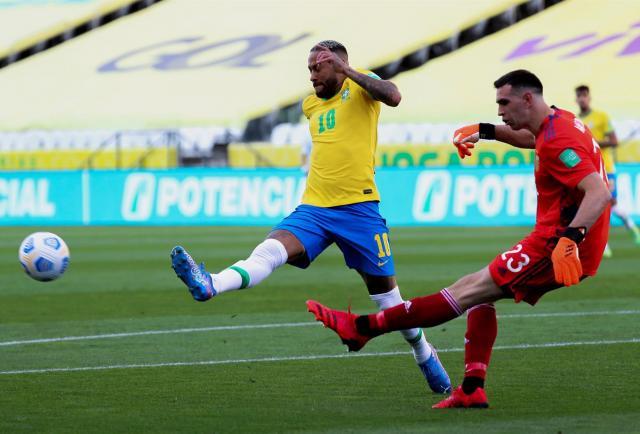 Policía brasileña investiga a cuatro futbolistas argentinos que violaron normativa sanitaria