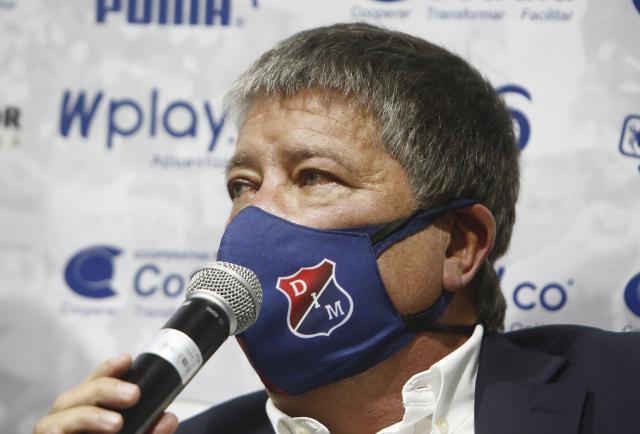 """Titular """"Bolillo"""" Gómez anuncia su salida de Medellín tras pobre resultado"""