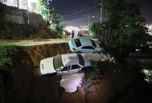 Un fuerte terremoto de 7.1 produce pocos daños en el centro y sur de México