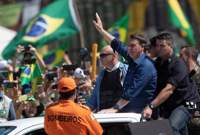 [Video] Bolsonaro construye músculo contra su base en protestas con connotaciones antidemocráticas