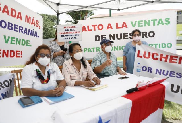 denuncia la privatización de la tierra en las zonas del canal