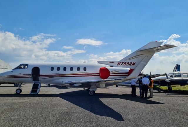 Fiscalía Contra el Narcotráfico de Guatemala incauta el avión de Ricardo Martinelli