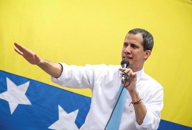 Juan Guaidó agradece a Colombia, Ecuador y Panamá por recibir a los venezolanos