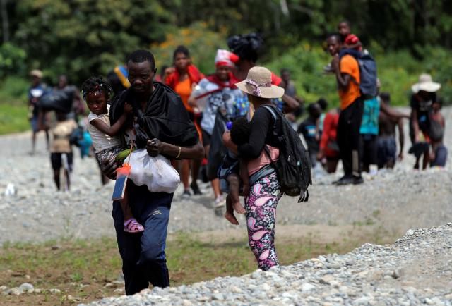 La OIM insta a redoblar la cooperación para abordar el flujo migratorio sin precedentes en Panamá