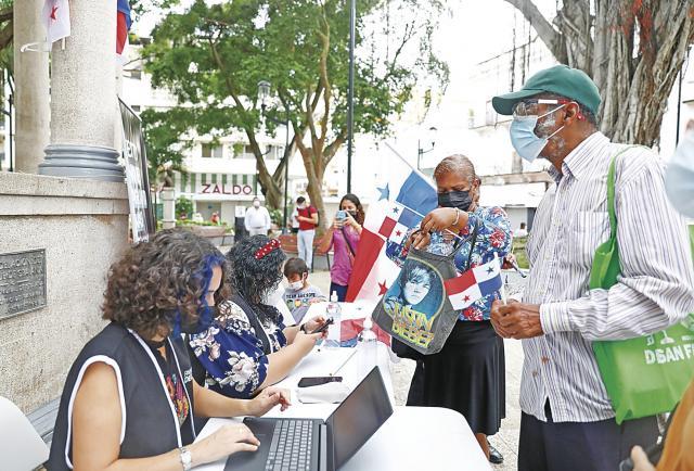 Los grupos pro-constituyentes han recolectado el 2.9% de las firmas requeridas