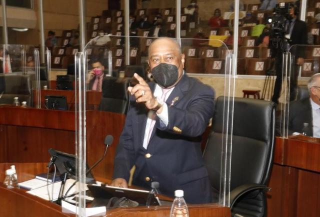 Proyecto de ley que actualiza el papel de los contadores pasa por segundo debate