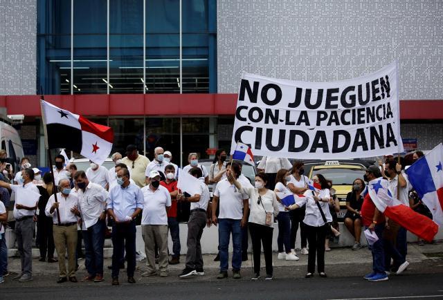Reclamaciones a diputados de Panamá por cambios al proyecto de reforma electoral
